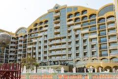 Hotel Victoria Palace en la costa de Sunny Beach - visión desde el mar, Bulgaria Imágenes de archivo libres de regalías