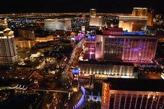 Hotel y casino, la tira, Bellagio, centro turístico y casino, ciudad, zona metropolitana, paisaje urbano, noche de Bellagio de We fotos de archivo