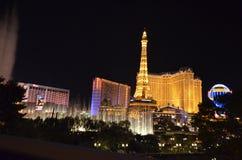 Hotel y casino, señal, noche, zona metropolitana, ciudad de París foto de archivo