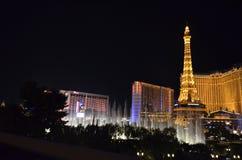 Hotel y casino, señal, noche, zona metropolitana, torre de París imágenes de archivo libres de regalías