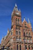 Hotel y reyes magníficos Cross Station del Midland fotografía de archivo libre de regalías