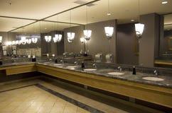 Hotelbadkamers stock afbeelding