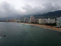 Hoteles de Acapulco en Max Hurricane fotos de archivo