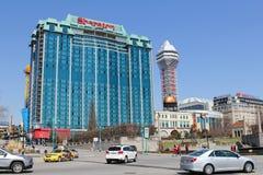 Hoteles y un casino en Niagara Falls Fotografía de archivo libre de regalías