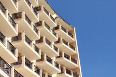 Hotelfassade Lizenzfreies Stockfoto