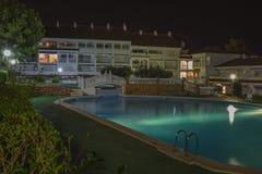 Hotelgrondgebied (het grondgebied van Hotella Caletta, Alcossebre, Spanje) Stock Foto's