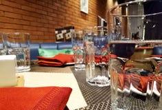 Hotelkeuken het Dineren Mening Royalty-vrije Stock Afbeeldingen