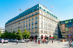 Hotell Adlon i Berlin Royaltyfri Fotografi