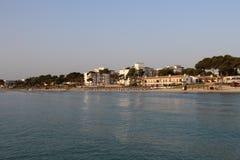 Hotell bredvid havet arkivbild