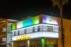 Hotell Cliftonen i södra strand förbi Arkivbild