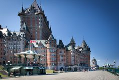 Hotell i en stad, ChateauFrontenac hotell, Quebec Royaltyfria Foton