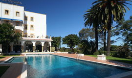 Hotell i Tangier, Marocko arkivbilder