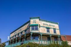 Hotell Jeffery på den huvudsakliga gatan Couterville, Kalifornien Royaltyfria Foton