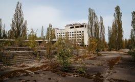Hotell Polissya på den Tjernobyl staden, Ukraina Abadoned stad Royaltyfria Bilder