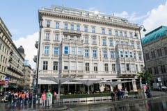 Hotell Sacher i Wien Royaltyfria Bilder