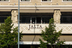 Hotellet Jalta på Wenceslas Square i mitten av Prague Royaltyfri Foto