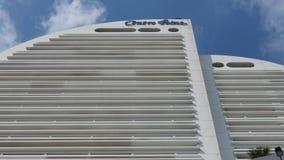 Hotellet Silom för mittpunkt stiger in i himmel Arkivbild