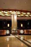 Hotellets främre skrivbord Royaltyfri Bild