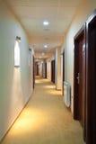 Hotellkorridor Arkivfoto