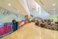 Hotelllobby med modern design fotografering för bildbyråer