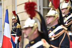 HotellMatignon republikanska vakter av honoen Fotografering för Bildbyråer