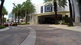 Hotelowa lokaj rampy przejażdżka up zbiory wideo