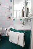 Hotelowy łazienki wnętrze Obrazy Stock