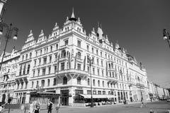 Hotelowy budynku kąt w Praga, republika czech Obrazy Stock