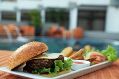 hotelowy hamburgeru basen Fotografia Stock