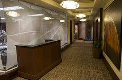 Hotelowy korytarz Zdjęcia Royalty Free