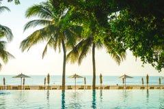 Hotelowy kurortu basen Obrazy Royalty Free