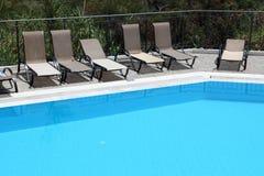 Hotelowy pływacki basen Zdjęcie Stock