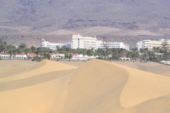 Hotels, dunes and mountains Royalty Free Stock Photography