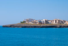Hotels en villa's op de kaap van het Coma Sa, eiland Majorca Stock Fotografie