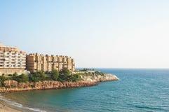 Hotels gegen das Meer Stockbild