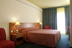 Hotelschlafzimmer Lizenzfreie Stockfotos