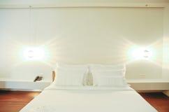 Hotelslaapkamer stock fotografie