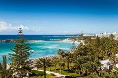 Hotelstrand in Zypern lizenzfreies stockfoto
