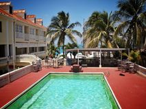 HotelSwimmingpool Lizenzfreies Stockfoto