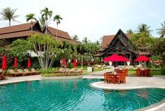 hotelu kuluarowy luksusowy pobliski basenu dopłynięcie obrazy royalty free
