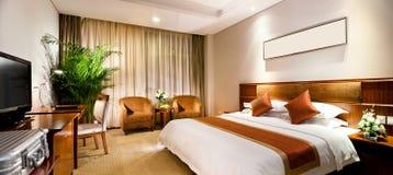 Hotelzimmerinnenraum Stockfoto