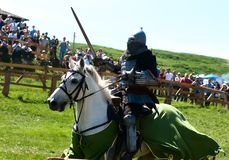 HOTIN, UCRÂNIA - em maio de 2013: O terceiro festival internacional da reconstrução histórica da Idade Média Imagem de Stock Royalty Free