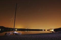 Hotography de la noche en el lago Vico, Italia Foto de archivo libre de regalías