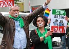 Houd de Moord in het protest van Iran tegen stock fotografie