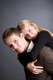 Houdend van paar dat pret heeft   Stock Fotografie