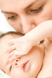Houdende van moeder met baby royalty-vrije stock foto's