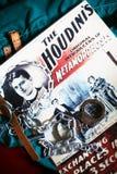 Houdini gekleurde affichehandcuffs kettingsdwangbuis Stock Afbeeldingen