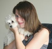 Houdt van Haar Hond royalty-vrije stock afbeeldingen