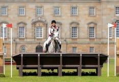 Houghton internationella hästförsök Alexia Schwarz som rider Leckli Arkivbilder