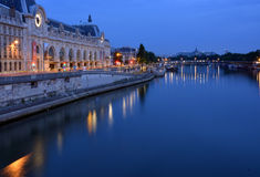 The Hour Before Dawn on the Seine River, Paris Fra Royalty Free Stock Photos
